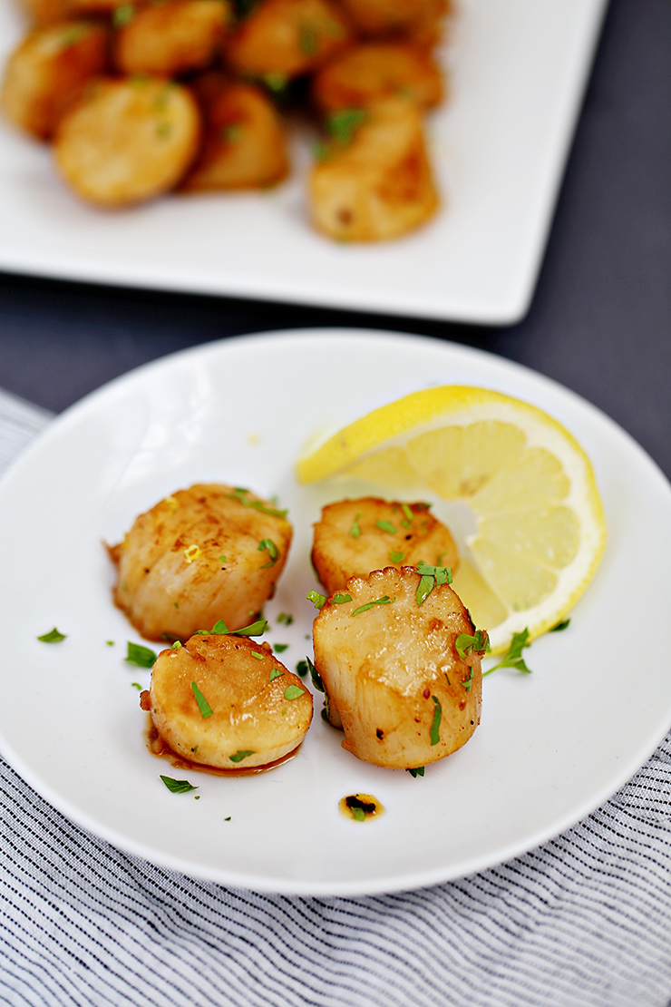 Garlic Infused Seared Scallops | Alaska Home Pack